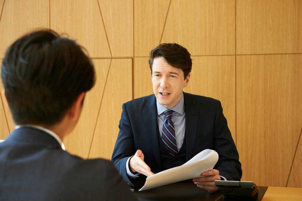 マイエイカイワ-ビジネスPLUS「グローバルな「熱量」を実感できる」-ビジネス英語
